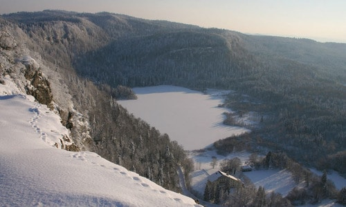 Le Jura l'hiver